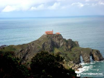 Reserva de la Biosfera Urdaibai - San Juan de Gaztelugatxe;bastones para senderismo imagenes de camp